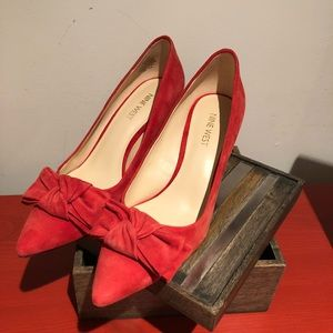 Nine West KIT red suede heels 6.5